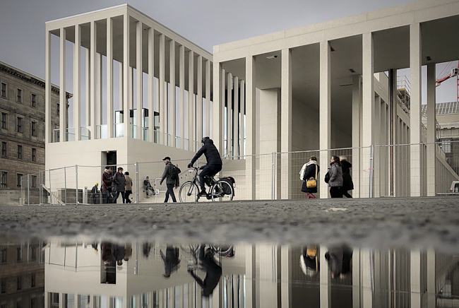 James-Simon-Galerie auf der Berliner Museumsinsel von Chipperfield Architekten 2018 - Foto: Christian Hajer berlininfo