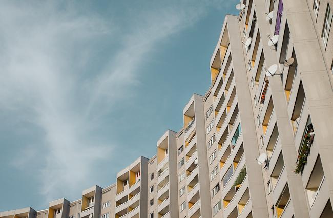 Großsiedlungen - Gropiushaus in Berlin Neukölln by Walter Gropius TAC Photo: Christian Hajer